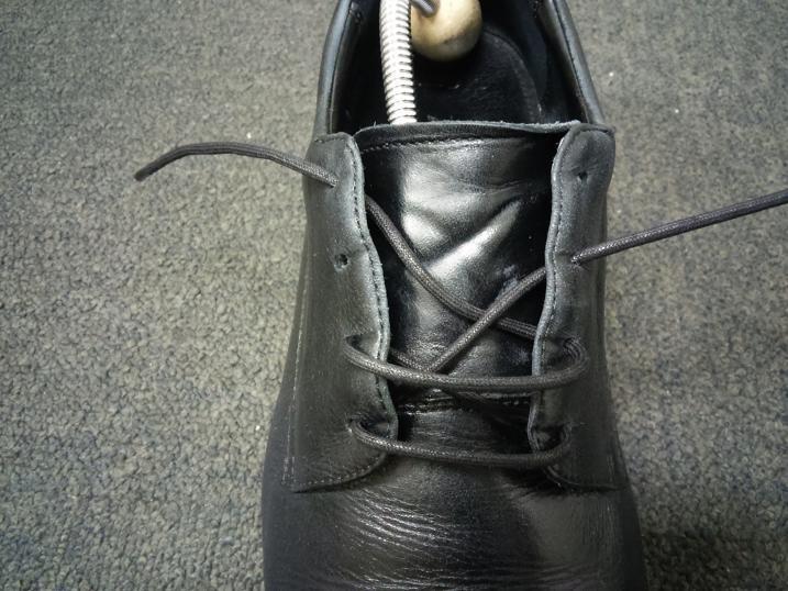 靴紐の通し方 右足6