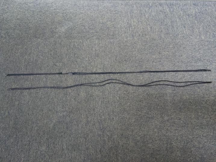 新旧の紐の長さ比べ